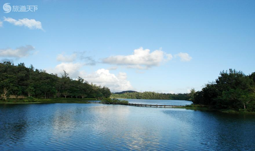兴隆热带花园湖边景观