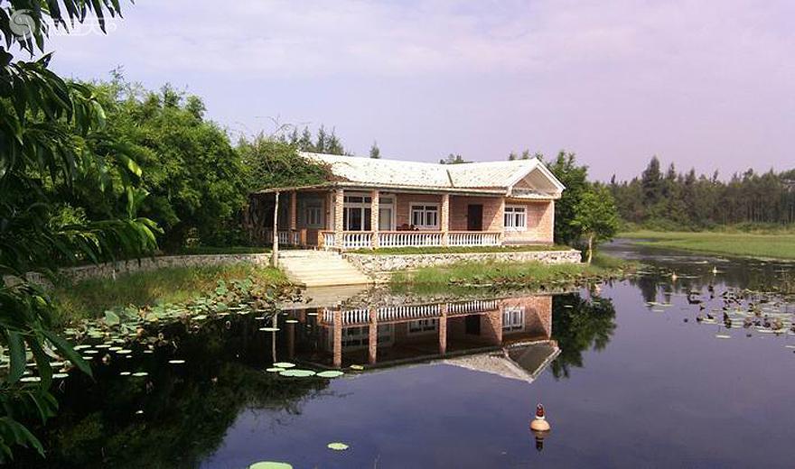 海尾公园农村湖中湿地别墅玻璃设计图房屋房图片