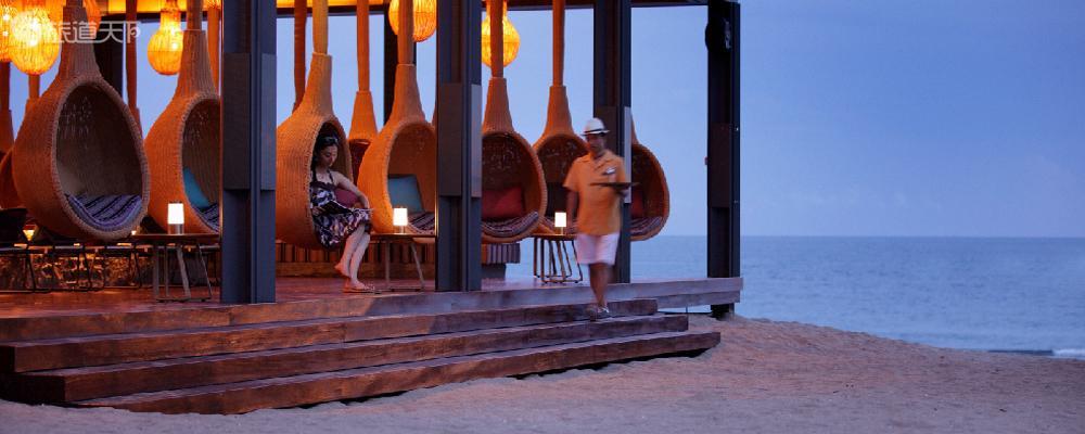 三亚半山半岛洲际度假酒店水景阁2晚,含双人自助早餐+双人1次bbq,真